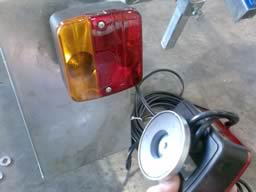 Removeable magnetic lights